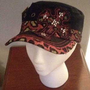 😺PINK & BLACK leopard print cadet hat w/ cross